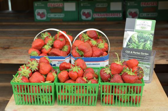 2015-07-07-1436233766-7575118-Strawberries2.jpg