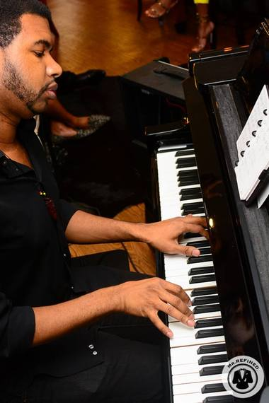 2015-07-08-1436396517-8539304-Pianist.jpg