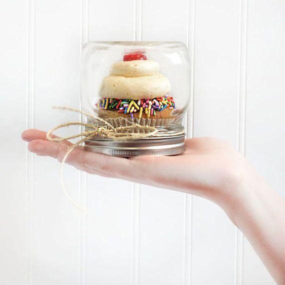 2015-07-09-1436461879-7633538-cupcake.jpeg