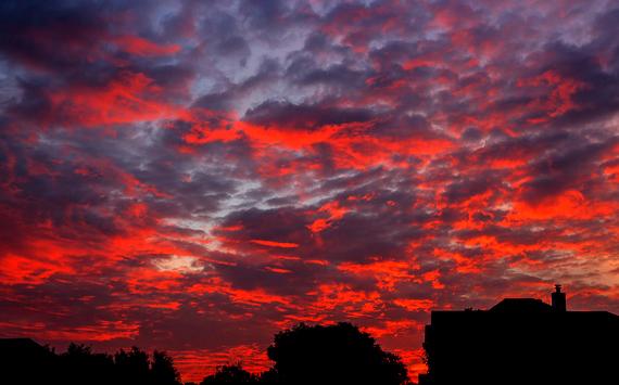 2015-07-09-1436475259-1215954-sunrisesocialmedia.jpg