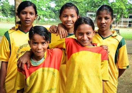 2015-07-10-1436541785-6061594-Bangladeshfootballsmall.jpg