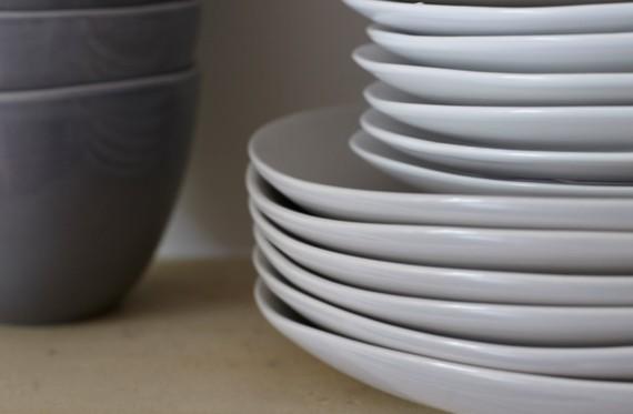 2015-07-10-1436544270-2735561-plates_side_plates_bowls_1.jpg