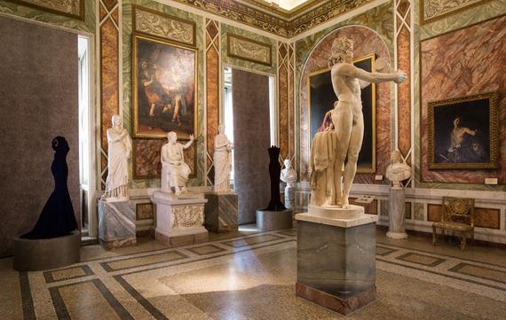 2015-07-13-1436783825-6889539-04_AzzedineAlaia_GalleriaBorghese_IlvioGallo.jpg