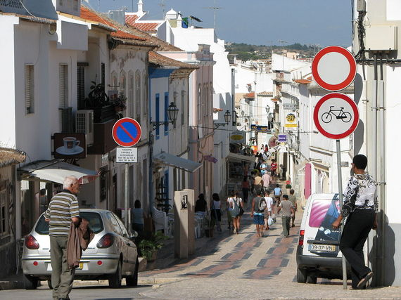 2015-07-13-1436802340-7221244-UtilitiesinLagosPortugal.jpg