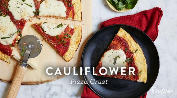 2015-07-14-1436891151-2287201-purewow_cauliflower_pizza_1.png