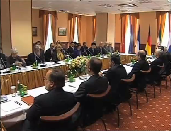 2015-07-14-1436912286-4195886-IranP51_nuclear_negotiations_in_moscow.png