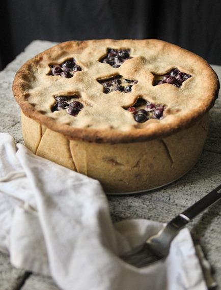 2015-07-15-1436986976-5211158-pretty_pies_buttermilk_blueberry.jpg