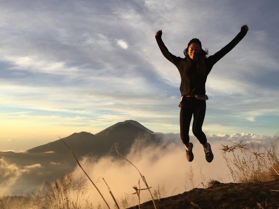 bali-trips-hike-mount-batur-jump