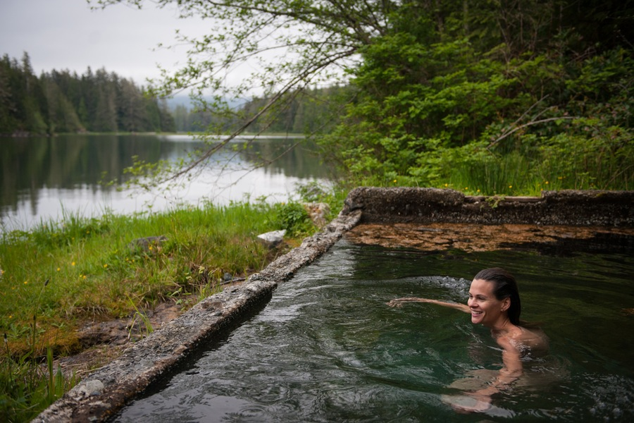 16 Idyllic Hot Springs For You To Relax In Huffpost