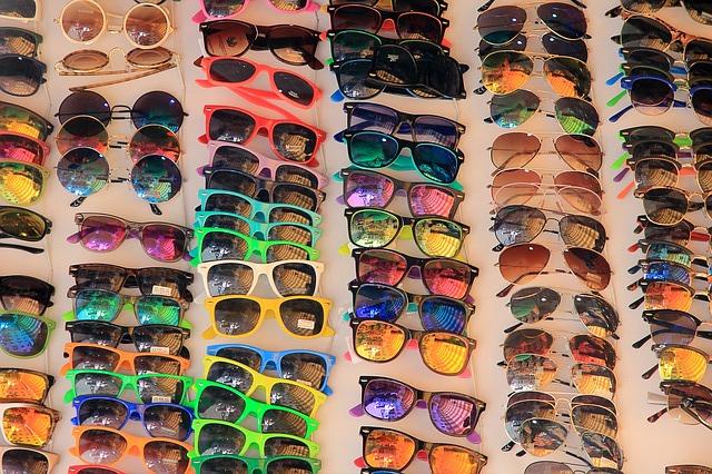 2debdbe619 2015-07-17-1437168508-9700216-sunglasses594401 640.jpg. Knockoff sunglasses  are ...