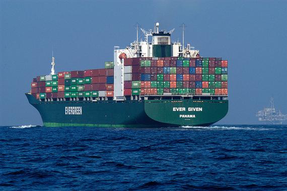2015-07-19-1437329851-2226559-ContainerShip.jpg