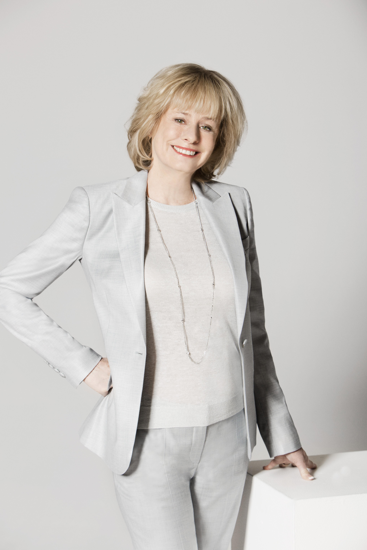 Kathy Reichs net worth salary