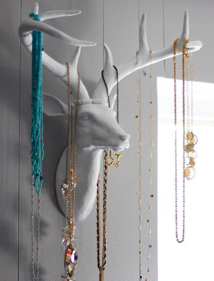 2015-07-21-1437486951-3972735-jewelry3.jpg