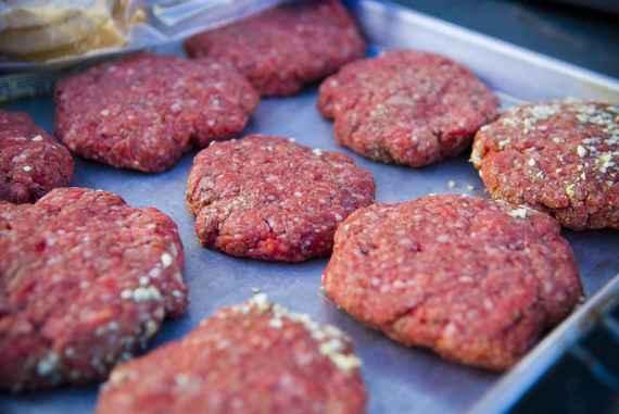 2015-07-21-1437489433-8771759-burger_3.jpg