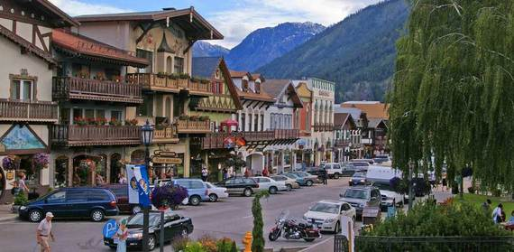 The 12 cutest small towns in america huffpost Best villages in america