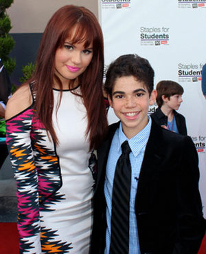 Jessie Co Star Cameron Boyce Graduates To The Big Leagues With Disney Xd S Gamer S Guide To Pretty Much Everything Huffpost