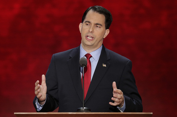2015-07-23-1437667926-1258436-scottwalker.jpg
