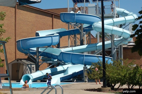 2015-07-24-1437760557-2538713-coralcovewaterpark.jpg