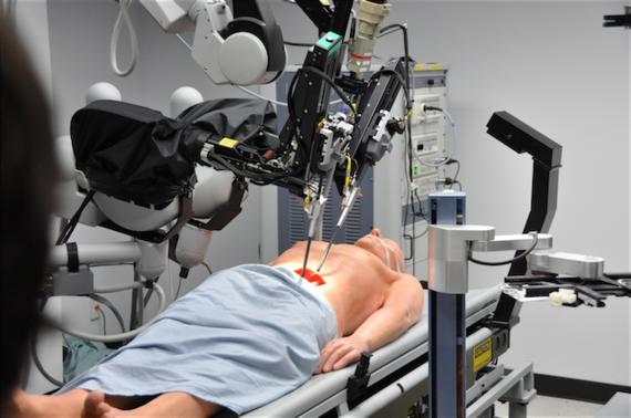 2015-07-25-1437785698-3276975-roboticsurgeryinspace.png