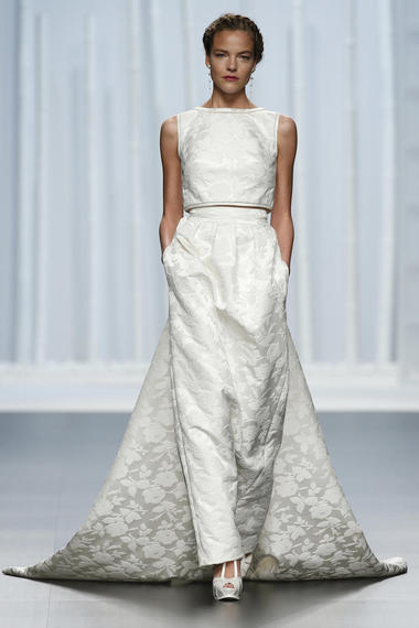 10 Two-Piece Wedding Looks For Brides Who Want To Push The Envelope ...