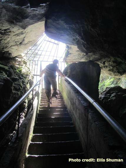 2015-07-28-1438061726-7287540-cave.JPG