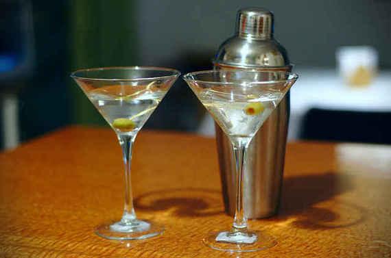 2015-07-28-1438093359-1157682-drinks_5.jpg