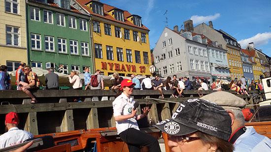 2015-07-29-1438156440-344006-harbourcruise.jpg