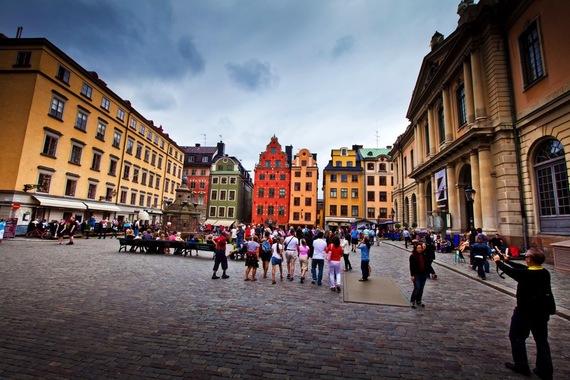 2015-07-31-1438370566-9985910-StockholmStotorget_1080p.jpeg