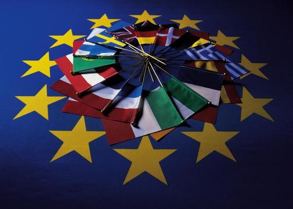 2015-08-02-1438517886-8473687-europaeische_union_flaggen.jpg