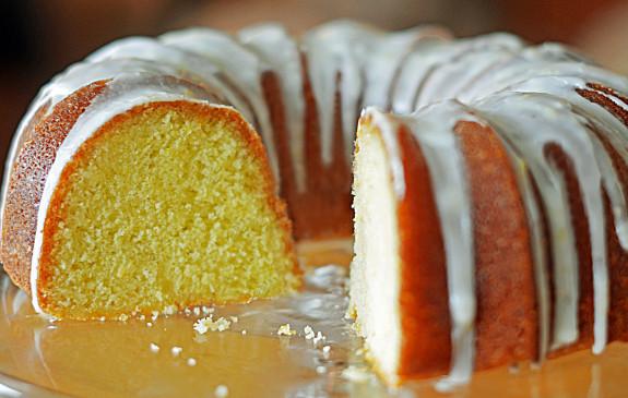 Old Timey Lemon Icing For Pound Cake