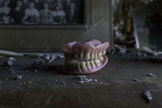 2015-08-05-1438784089-3098021-Denturess.jpg