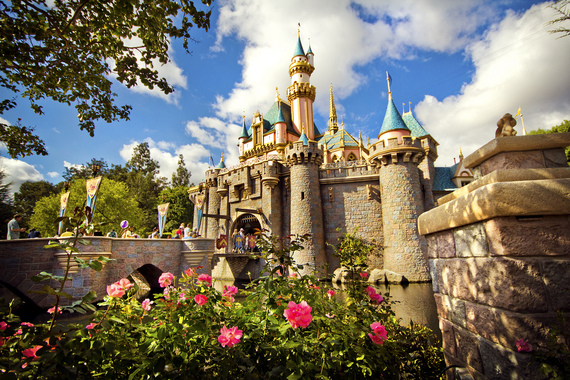 2015-08-06-1438868745-5192853-Disneyland_1.jpg