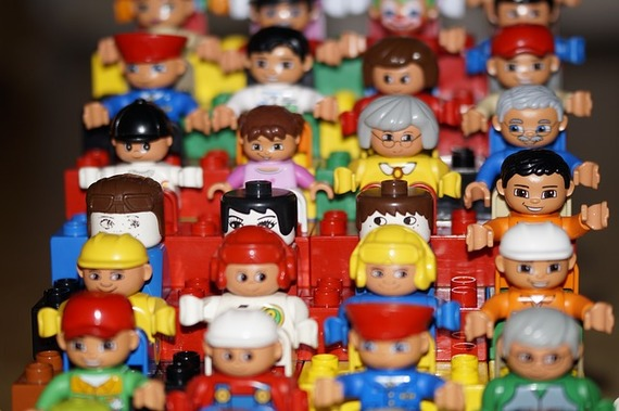 2015-08-11-1439308574-626426-LegopeoplefromPixabay.jpg