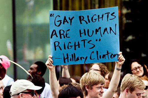 2015-08-13-1439433414-6119444-1Gay_Rights_are_Human_Rights_5823033786.jpg