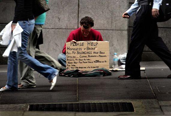 2015-08-13-1439506306-8759919-Homelessdude.jpg