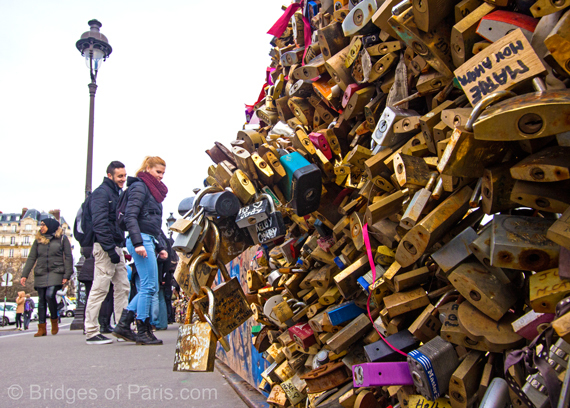 Love padlocks paris