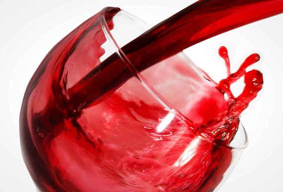 2015-08-18-1439907762-5181749-winemyths_3.jpg