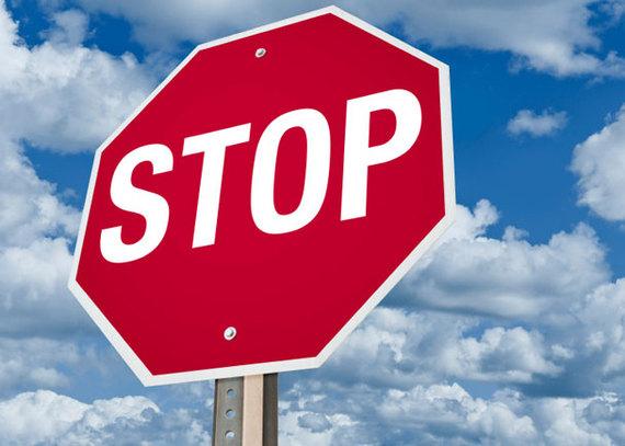 2015-08-18-1439925783-6968235-StopSign.jpg