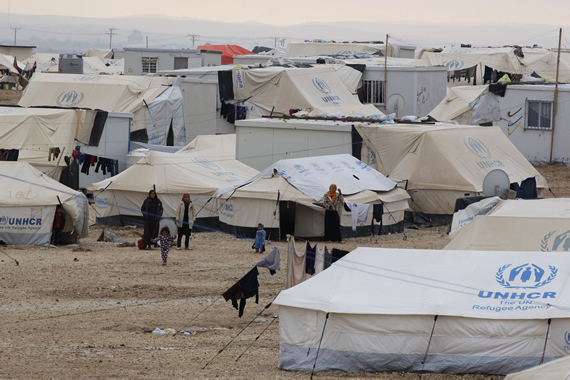 2015-08-19-1440001747-704585-special_ZaatariRefugeeCamp_Getty_570.jpg