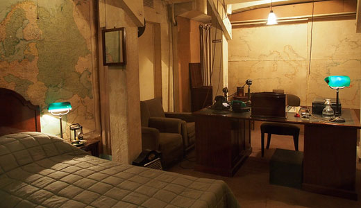 London churchill 39 s bedroom huffpost - Churchill war cabinet rooms ...
