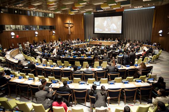 2015-08-25-1440494532-6495174-176217_Arms_Trade_Treaty_signing_ceremony_New_York_USA_3rd_June_2013.jpg