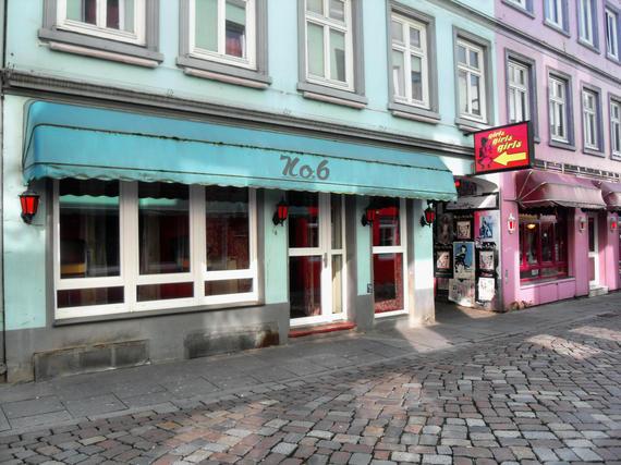 2015-08-25-1440520418-3222901-Hamburg_Herbertstrae_von_Davidstrae_Richtung_Gerhardstrae_blickend_9.4.2009.jpg