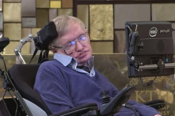 2015-08-26-1440554109-9053151-Hawking.JPG