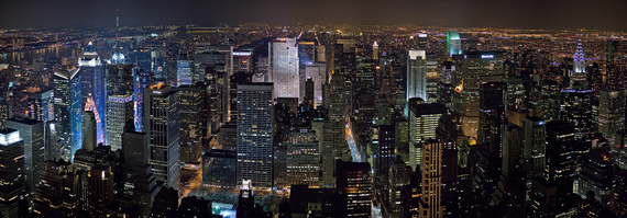 2015-08-27-1440719723-3394941-New_York_Midtown_Skyline_at_night__Jan_2006_edit1.jpg