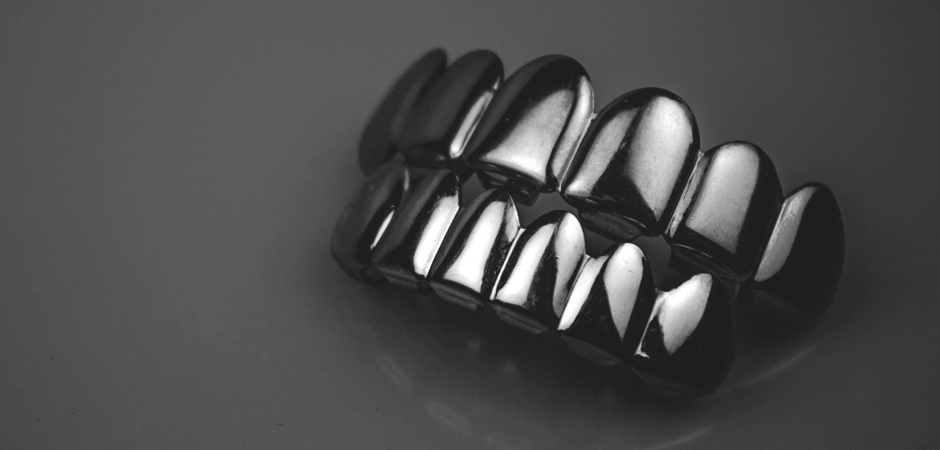 833d160934767 A Brief History Of Grillz: 4500 Years Of Style   HuffPost Life
