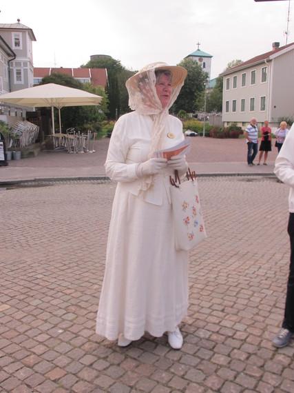 2015-08-31-1441042586-1106776-GuideonMarstrandIsland.JPG