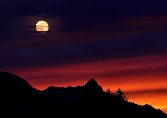 2015-09-01-1441067219-7760317-mountains665199_1920.jpg