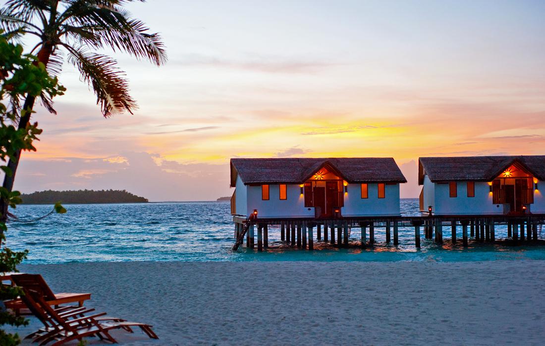 2017 09 03 1441257150 6840049 Spot Reethi Beach Overwater Bungalows Maldives Jpg