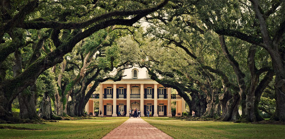 Magnificent The Prettiest Homes In America The Huffington Post Largest Home Design Picture Inspirations Pitcheantrous