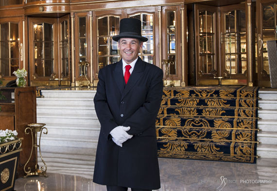 A warm smile at the Alvear Palace Hotel, Buenos Aires © Michelle Chaplow